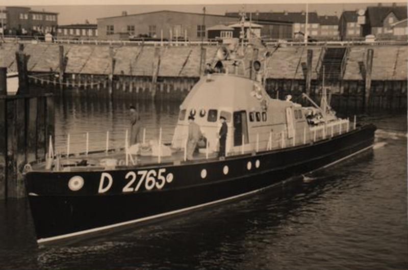 Leaving List Harbour